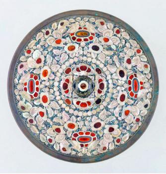 螺鈿背円鏡.png